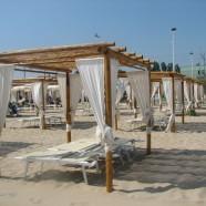 Pobrežné Fano má pekné pláže i pamätihodnosti