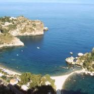 Čisté pláže a krásna príroda v Taormine