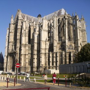Beauvais je známe najmä vďaka letisku