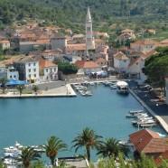 Chorvátska Jelsa žije hlavne cestovným ruchom