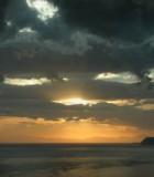cloudy-sunset-over-the-italian-sea-elba-561284-m