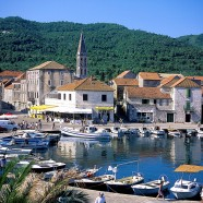 Sprievodca pobytom v letovisku Stari Grad na ostrove Hvar