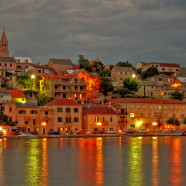 Pokojné malé letovisko Povlja na ostrove Brač