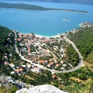 Vzdialené chorvátske letovisko Klek