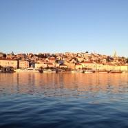Chorvátsky Mali Lošinj má zdravý vzduch a pekné pláže v okolí