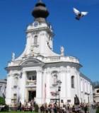 church-1002457-m