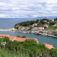 Stomorska leží na jednom z najkrajších chorvátskych ostrovov