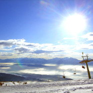 Rakúsky Gerlitzen ponúka skvelú lyžovačku a kúpanie v jazere